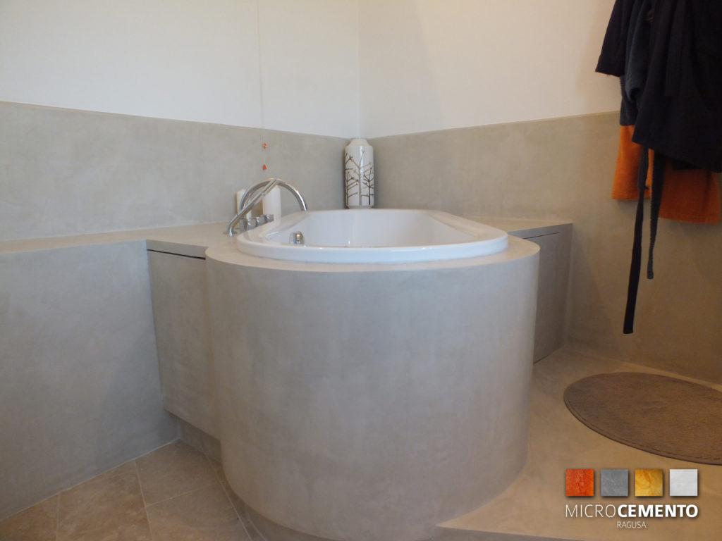 Come ristrutturare un bagno in 7 giorni ristrutturazioni bagno vasca doccia ragusa - Rivestimento vasca da bagno ...